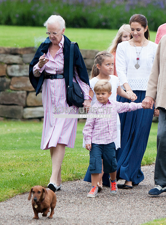 25-7-2015 - Grasten - Denmark Princess Mary with Vincent and Prince Christian and Princess Isabella and Prince Frederik and Princess Josephine and Queen Margrethe and Prince Henrik and Princess Alexandra and Count Jefferson von Pfeil und Klein-Ellguth and son Count Friedrich Richard Oscar Jefferson von Pfeil und Klein-Ellguth and daughter Lady Ingrid Alexandra Irma Astrid Benedikte von Pfeil und Klein-Ellguth pose for the media at the Palace Grasten in Graasten, Danmark, 25 July 2015. COPYRIGHT ROBIN UTRECHT <br /> 25-7-2015 - Grasten - Denemarken Prinses Mary met Vincent en prins Christian en prinses Isabella en prins Frederik en prinses Josephine en koningin Margrethe en prins Henrik en prinses Alexandra en graaf Jefferson von Pfeil und Klein-Ellguth en zoon Graaf Friedrich Richard Oscar Jefferson von Pfeil und Klein-Ellguth en dochter Lady Ingrid Alexandra Irma Astrid Benedikte von Pfeil und Klein-Ellguth poseren voor de media in het Paleis Grasten in Graasten, Denemarken, 25 juli 2015. COPYRIGHT ROBIN UTRECHT