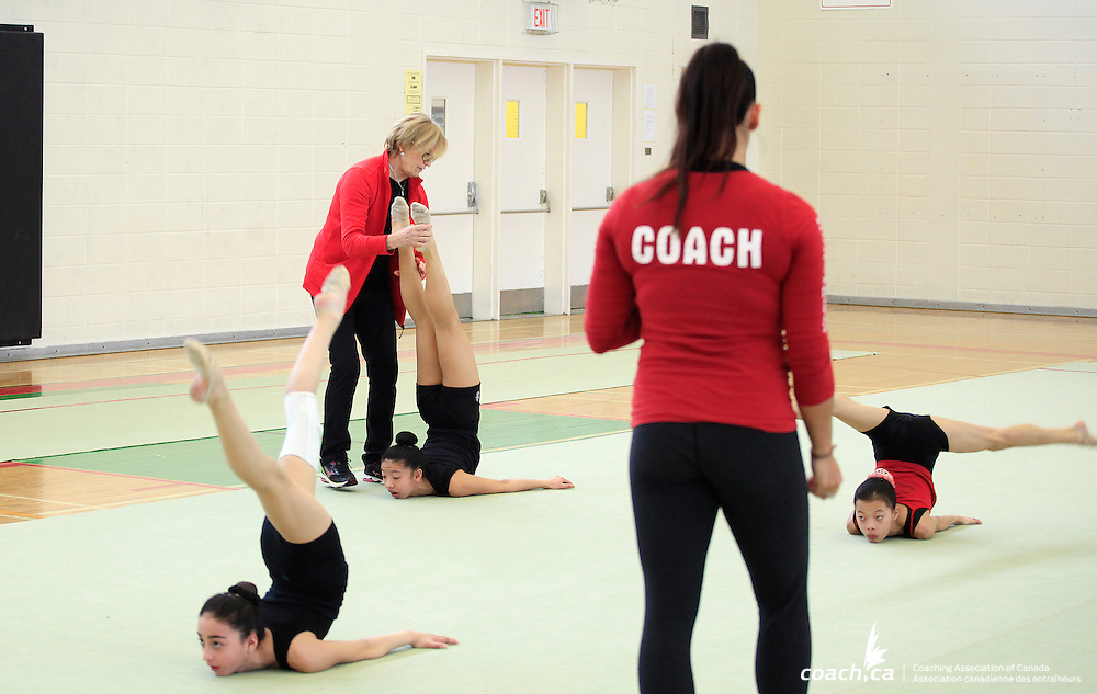 Coaches/Entra&icirc;neures: Dasa Leli, Breanne Rich <br />