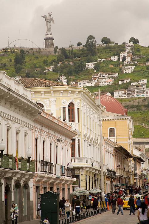 South America, Ecuador, Pichincha province, Quito. Statue of Virgin of Quito (30m tall) stands above the city on El Panecillo hill.
