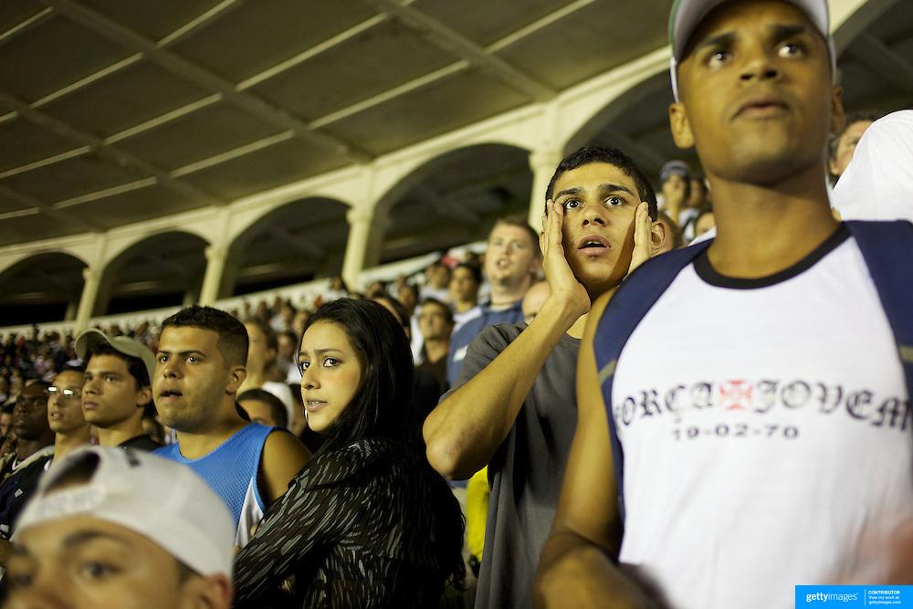 Vasco fans react to a refereeing decision during the Vasco V Atletico MG during the Brasileiro  league match as São Januário Stadium. The match ended in a 1-1 draw, Rio de Janeiro, Brazil. 9th September 2010. Photo Tim Clayton