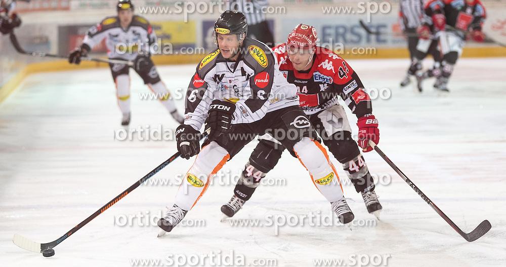 11.10.2015, Tiroler Wasserkraft Arena, Innsbruck, AUT, EBEL, HC TWK Innsbruck die Haie vs Dornbirner Eishockey Club, 10. Runde, im Bild vl.:  Jonathan D'Aversa (Dornbirner Eishockey Club), Jeff Ulmer (HC TWK Innsbruck Die Haie) // during the Erste Bank Icehockey League 10th round match between HC TWK Innsbruck  die Haie and Dornbirner Eishockey Club at the Tiroler Wasserkraft Arena in Innsbruck, Austria on 2015/10/11, EXPA Pictures © 2015, PhotoCredit: EXPA/ Jakob Gruber