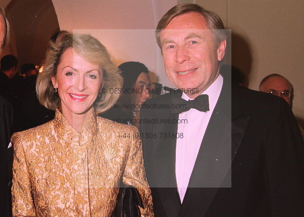 PENELOPE, VISCOUNTESS COBHAM and SIR COLIN MARSHALL Chairman of British Airways, at a dinner in London on 25th February 1998.MFR 17 2oro