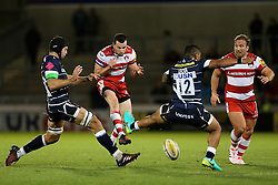 Mark Atkinson of Gloucester Rugby takes on Johnny Leota of Sale Sharks  - Mandatory by-line: Matt McNulty/JMP - 16/09/2016 - RUGBY - Heywood Road Stadium - Sale, England - Sale Sharks v Gloucester Rugby - Aviva Premiership