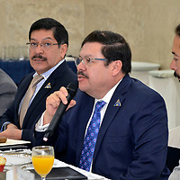 METEPEC, Mexico (Julio 11, 2017).-  Carlos Mendieta Zerón, director de Fundación Tláloc, durante la reunión con integrantes de la Cámara Nacional de Comercio Servicios y Turismo del Valle de Toluca (CANACO SERVYTUR), que encabeza Marco Antonio González Castillo. Agencia MVT. José Hernández.