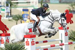 Kayser, Julia, Sterrehof´s Rivegauche<br /> Hagen - Horses and Dreams<br /> Mittlere Tour - Zeitspringen<br /> © www.sportfotos-lafrentz.de/ Stefan Lafrentz