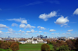 © Licensed to London News Pictures. 29/04/2016<br /> A sunny view across London from Greenwich Park.<br /> Blue sky and sun today in Greenwich Park, Greenwich, London.<br /> <br /> (Byline:Grant Falvey/LNP)
