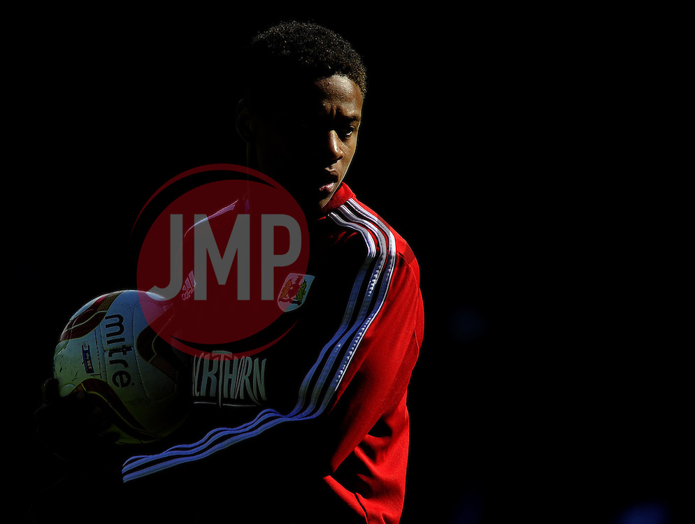 Bristol City's Bobby Reid  - Photo mandatory by-line: Joe Meredith/JMP - Mobile: 07966 386802 12/04/2014 - SPORT - FOOTBALL - Walsall - Banks' Stadium - Walsall v Bristol City - Sky Bet League One