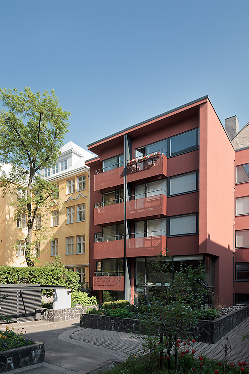 Apartment building on Uudenmaankatu in Helsinki, Finland designed by Tuomo Siitonen architects.