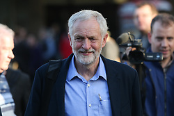 © Licensed to London News Pictures. 19/08/2016. Sheffield, UK. Jeremy Corbyn arrives at a campaign rally in Sheffield, South Yorkshire, during the 2016 Labour leadership election. Photo credit : Ian Hinchliffe/LNP