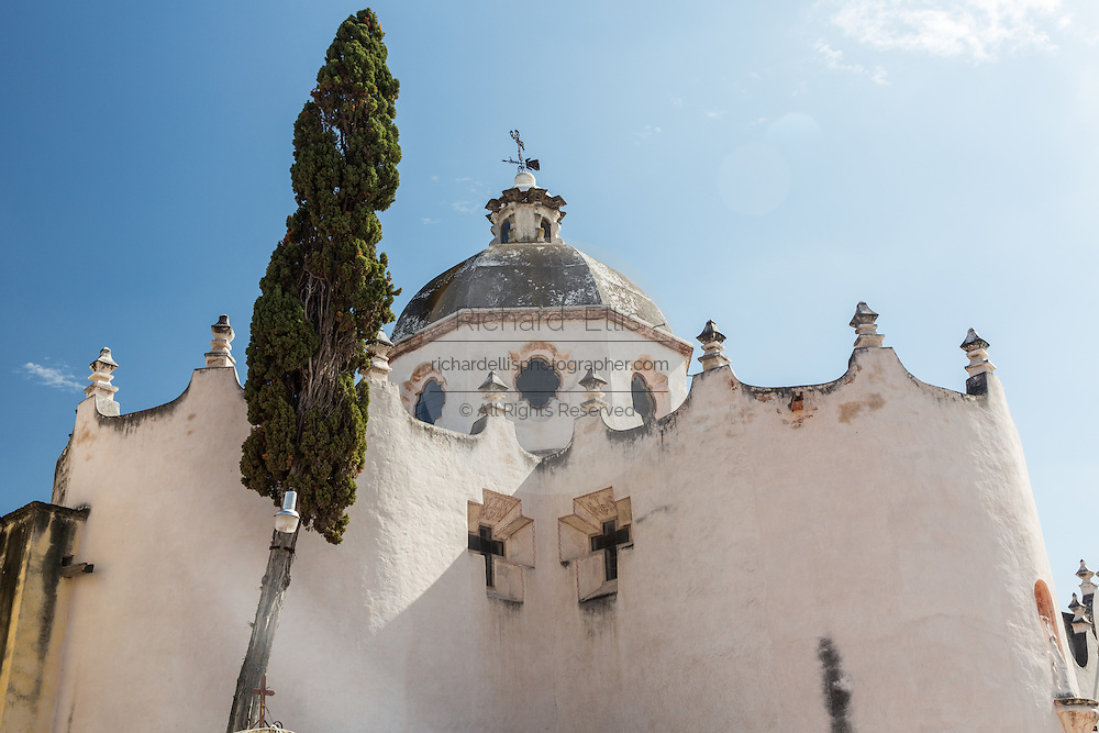 Facade of the fortress like Mexican baroque Sanctuary of Atotonilco and Santa Escuela de Cristo, an important Catholic shrine in Atotonilco, Mexico.