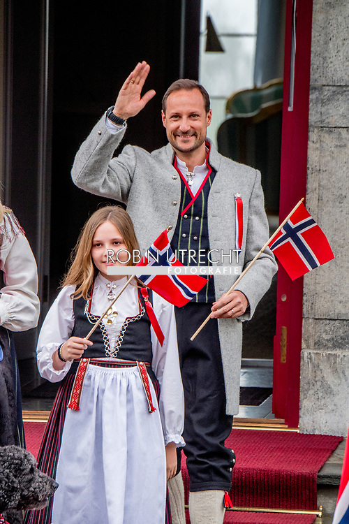 17-5-2017 asker OSLO Skaugum NORWAY National Feast day King Harald, Queen Sonja, Crownprince Haakon, Crownprincess Mette-Marit, Princess Ingrid Alexandra, Prince Sverre Magnus of Norway celebrate the National Day at the Royal Palace in Oslo, Norway, 17 May . and Marius Borg Hoiby and dog Milly celebrating the national day at the residence in Skaugum, Norway. COPYRIGHT ROBIN UTRECHT <br /> 17-5-2017 asker OSLO Skaugum NOORWEGEN Nationale feestdag Koning Harald, Koningin Sonja, Kroonprins Haakon, Kroonprinses Mette-Marit, Prinses Ingrid Alexandra, Prins Sverre Magnus van Noorwegen, vieren de Nationale Dag in het Koninklijk Paleis in Oslo, Noorwegen, 17 mei . En Marius Borg Hoiby en hond Milly vieren de nationale dag in de residentie in Skaugum, Noorwegen. COPYRIGHT ROBIN UTRECHT