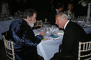 Sir Terence Conran and Tom Phillips. Royal Academy Annual dinner to celebrate the opening of the Summer exhibition. Royal Academy. Piccadilly. London. 1 June 2005.  ONE TIME USE ONLY - DO NOT ARCHIVE  © Copyright Photograph by Dafydd Jones 66 Stockwell Park Rd. London SW9 0DA Tel 020 7733 0108 www.dafjones.com