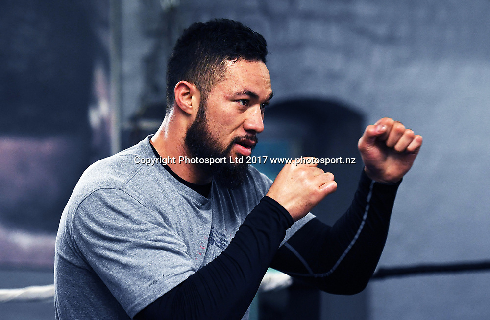 New Zealand heavyweight boxer Joseph Parker during a training session ahead of his first defence of his WBO World Heavyweight Title. The Wreck Room, Auckland, New Zealand. Monday 1 May 2017. © Copyright Photo: Andrew Cornaga / www.photosport.nz