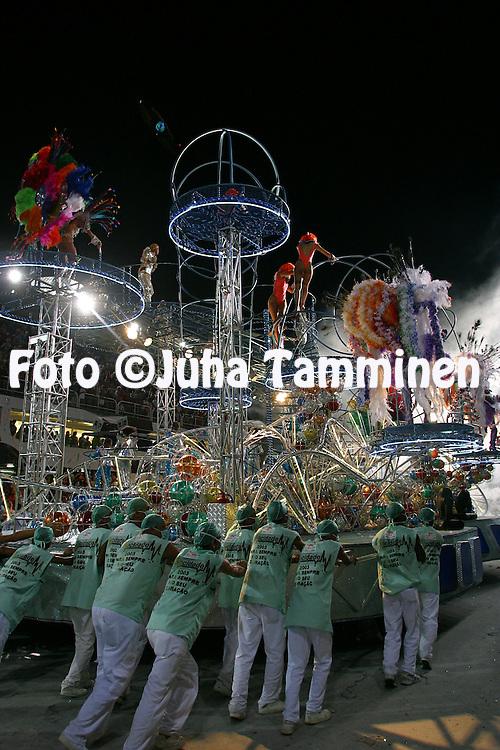 04.03.2003, Rio de Janeiro, Brazil..Carnaval 2003 - Desfile das Escolas de Samba, Grupo Especial / Carnival 2003 - Parades of the Samba Schools..Desfile de / Parade of:  GRES Mocidade Independente de Padre Miguel.©Juha Tamminen
