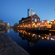 Picture by Vicky Matthers iconphotomedia  Leeds City Views .Tuesday 1st November 2011