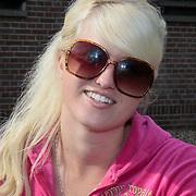 NLD/Nijkerk/20110710 - Miss Nederland verkiezing 2011, echte meisjes in de jungle Britt Dekker