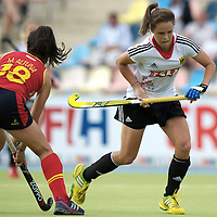 MONCHENGLADBACH - Junior World Cup<br /> Pool D: Germany - Spain<br /> photo: Pia-Sophie Oldhafer (white) and Maider Altuna (red).<br /> COPYRIGHT  FFU PRESS AGENCY/ FRANK UIJLENBROEK