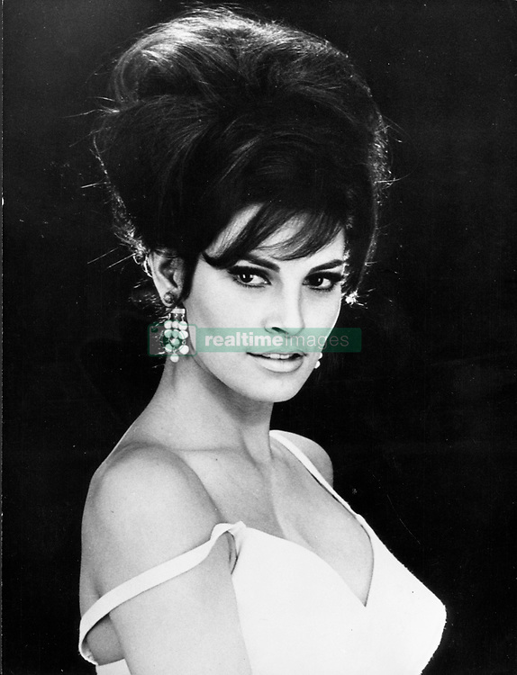 Aug. 4, 1978 - London, England, U.K. - RAQUEL WELCH born Jo Raquel Tejada, on September 5, 1940, is an American actress of Spanish-Bolivian and Anglo-Irish descent who reached fame during the 1960s as one of the most beautiful women in Hollywood. PICTURED: Portrait of Raquel Welch. (Credit Image: © Keystone Press Agency/Keystone USA via ZUMAPRESS.com)