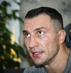 10.11.2015, Stanglwirt, Going, AUT, Wladimir Klitschko, Training, Kampfvorbereitung gegen Tyson Fury (GBR), im Bild Wladimir Klitschko, Wladimir Klitschko during a training session before his fight against Tyson Fury (GBR) at the Stanglwirt in Going, Austria on 2015, 11, 10. EXPA Pictures © 2015, PhotoCredit: EXPA, Martin Huber