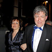 NLD/Amsterdam/20120217 - Premiere Saturday Night Fever, Bartho Braat en partner Jetske van den Bijtel