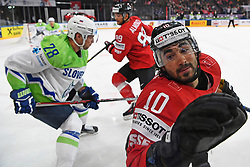 06.05.2017, AccorHotels Arena, Paris, FRA, IIHF WM 2017, Schweiz vs Slowenien, Gruppe B, im Bild Andres Ambuehl (R, SUI) // during the group B match of 2017 IIHF World Championship between Switzerland and Slovenia at the AccorHotels Arena in Paris, France on 2017/05/06. EXPA Pictures &copy; 2017, PhotoCredit: EXPA/ Freshfocus/ Urs Lindt<br /> <br /> *****ATTENTION - for AUT, SLO, CRO, SRB, BIH, MAZ, ITA only*****