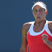 Madison Keys, USA, in action during her victory over Elina Svitolina, Ukraine, during the first round of the Connecticut Open at the Connecticut Tennis Center at Yale, New Haven, Connecticut, USA. 24th August 2015. Photo Tim Clayton