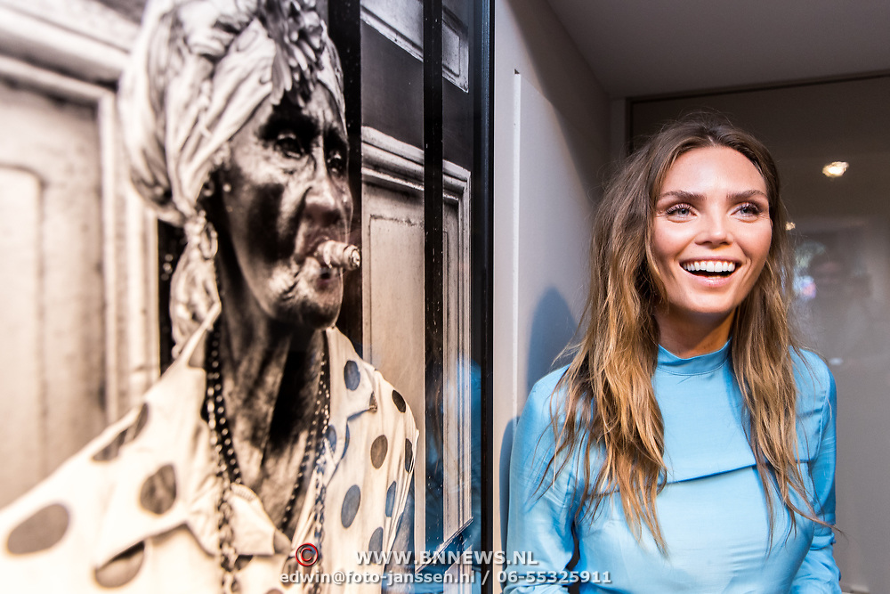 NLD/Amsterdam/20170924 - Opening foto expositie Kim Feenstra 'Trough My Eyes',