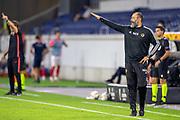Nuno Espirito Santo (Trainer Wolverhampton Wanderers FC) gibt seinem Team Anweisungen gestures during the Europa League quarter-final match between Wolverhampton Wanderers and Sevilla at Schauinsland-Reisen MSV-Arena, Duisburg, Germany on 11 August 2020.