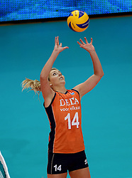 28-09-2014 ITA: World Championship Volleyball Mexico - Nederland, Verona<br /> Nederland wint met 3-0 van Mexico / Laura Dijkema