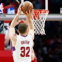09 November 2016: Los Angeles Clippers forward Blake Griffin (32) takes a jump shot during the LA Clippers 111-80 victory over the Portland Trail Blazers, at the Staples Center, Los Angeles, California, USA.