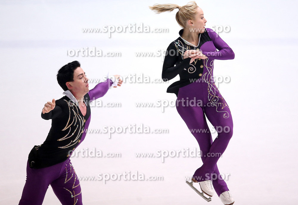 03.12.2015, Dom Sportova, Zagreb, CRO, ISU, Golden Spin of Zagreb, Kurzprogramm, Paare, im Bild Caitlin Fields - Ernie Utah Stevens, USA // during the 48th Golden Spin of Zagreb 2015 Pairs Short Program of ISU at the Dom Sportova in Zagreb, Croatia on 2015/12/03. EXPA Pictures &copy; 2015, PhotoCredit: EXPA/ Pixsell/ Igor Kralj<br /> <br /> *****ATTENTION - for AUT, SLO, SUI, SWE, ITA, FRA only*****