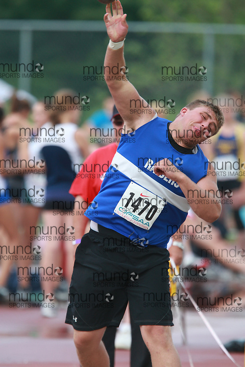 (London, Ontario}---03 June 2010) Kurtis Leclaire of Renfrew - Renfrew competing in the shot put at the 2010 OFSAA Ontario High School Track and Field Championships. Photograph copyright Dave Chidley / Mundo Sport Images, 2010.