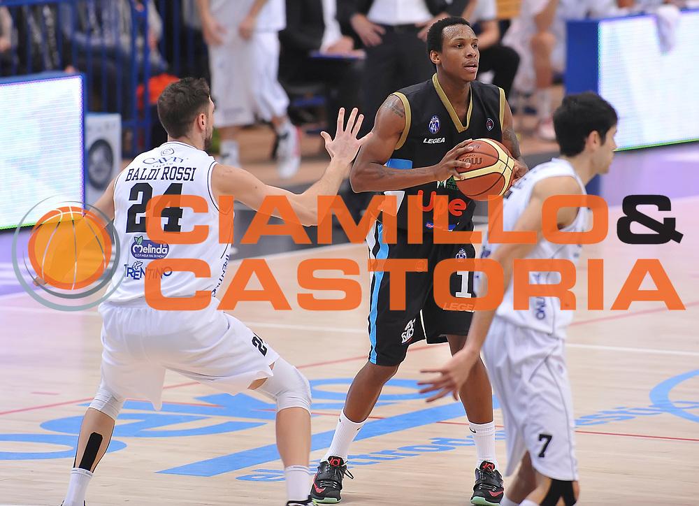 DESCRIZIONE : Trento Lega A 2014-2015 Dolomiti Energia Trento Upea Capo d&rsquo;Orlando<br /> GIOCATORE : Dominique Archie<br /> CATEGORIA : passaggio<br /> SQUADRA : Upea Capo D'Orlando<br /> EVENTO : Campionato Lega A 2014-2015<br /> GARA : Dolomiti Energia Trento Upea Capo d&rsquo;Orlando<br /> DATA : 03/01/2015<br /> SPORT : Pallacanestro<br /> AUTORE : Agenzia Ciamillo-Castoria/ A.Scaroni<br /> GALLERIA : Lega Basket A 2014-2015<br /> FOTONOTIZIA : Trento Lega A 2014-2015 Dolomiti Energia Trento Upea Capo d&rsquo;Orlando<br /> PREDEFINITA :