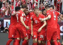 18.05.2019, Allianz Arena, Muenchen, GER, 1. FBL, FC Bayern Muenchen vs Eintracht Frankfurt, 34. Runde, Meisterfeier nach Spielende, im Bild Bayern Jubel nach dem Tor von Kingsley Coman // during the celebration after winning the championship of German Bundesliga season 2018/2019. Allianz Arena in Munich, Germany on 2019/05/18. EXPA Pictures © 2019, PhotoCredit: EXPA/ SM<br /> <br /> *****ATTENTION - OUT of GER*****