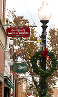 Downtown decorating for the Christmas holiday with Light Up Laconia.  Karen Bobotas for the Laconia Daily Sun
