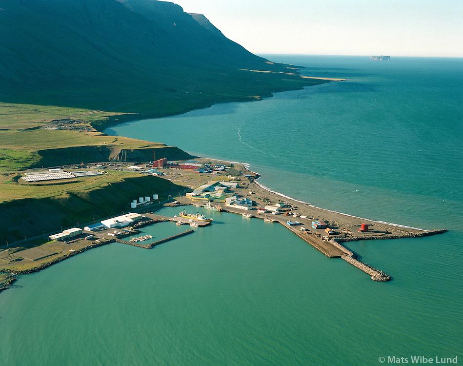 Sauðarkrókur höfn,  Drangey í bakgrunni /.Saudarkrokur harbour, Drangey island in background