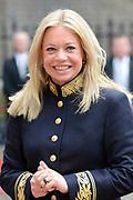 Prinsjesdag 2013 - Aankomst Parlementariërs bij de Ridderzaal op het Binnenhof.<br /> <br /> Op de foto:  Jeanine Hennis-Plasschaert - Minister van Defensie