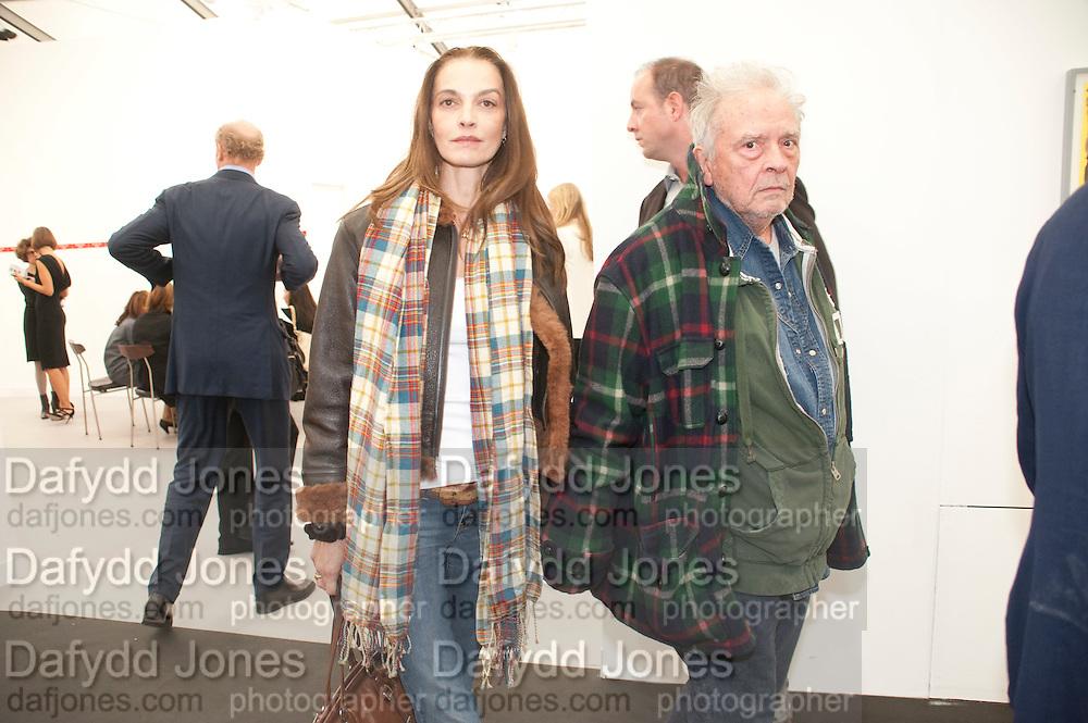 CATHARINE BAILEY; DAVID BAILEY, opening of the 2010 Frieze art fair. Regent's Park. London. 13 October 2010. -DO NOT ARCHIVE-© Copyright Photograph by Dafydd Jones. 248 Clapham Rd. London SW9 0PZ. Tel 0207 820 0771. www.dafjones.com.