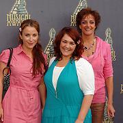 NLD/Amsterdam/20070509 - Nominatielunch Musicalawards 2007, Beste Vrouwelijke Bijrol in een Kleine Musical, Annick Boer, Sabine Beens en Lenette van Dongen