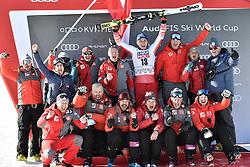 07.03.2020, Kvitfjell, NOR, FIS Weltcup Ski Alpin, Abfahrt, Herren, Siegerehrung, im Bild Matthias Mayer (AUT, 1. Platz) mit Team // race winner Matthias Mayer of Austria and team during the winner ceremony for the men's Downhill of FIS ski alpine world cup. Kvitfjell, Norway on 2020/03/07. EXPA Pictures © 2020, PhotoCredit: EXPA/ ZOOM