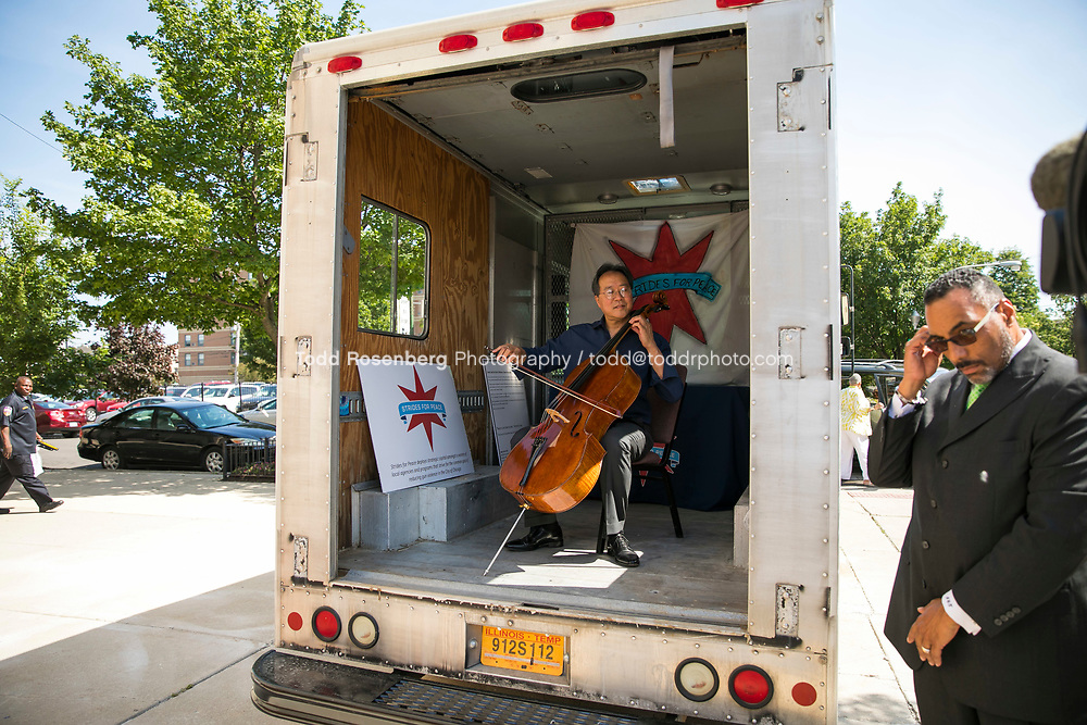 6/11/17 2:40:53 PM --  Chicago, IL<br /> The Negaunee Music Institute at the Chicago Symphony Orchestra <br /> <br /> Yo-Yo Ma Presents a Concert for Peace <br /> Presented in partnership with St. Sabina Church<br /> <br />  &copy;&nbsp;Todd Rosenberg Photography 2017