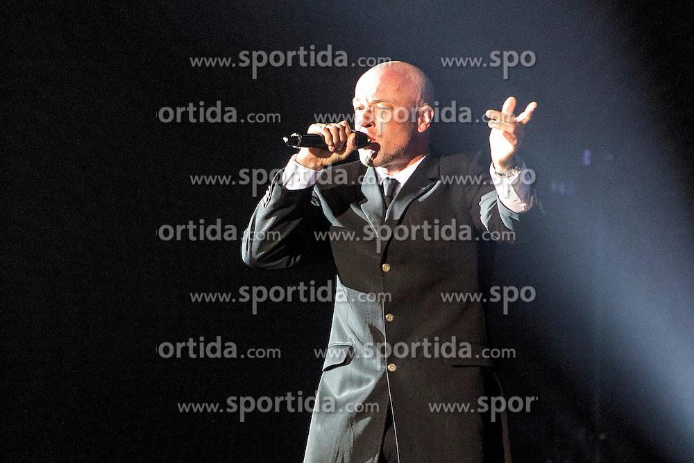 17.04.2015, Ruhrcongresscenter, Bochum, GER, Unheilig, Gipfelst&uuml;rmer Tournee 2015, im Bild Der Graf (Saenger) mit Mikrofon im Gegenlicht // performs live on stage during the 2015 tour &quot;Gipfelsturmer&quot; at Ruhrcongresscenter in Bochum, Germany on 2015/04/17. EXPA Pictures &copy; 2015, PhotoCredit: EXPA/ Eibner-Pressefoto/ Hommes<br /> <br /> *****ATTENTION - OUT of GER*****