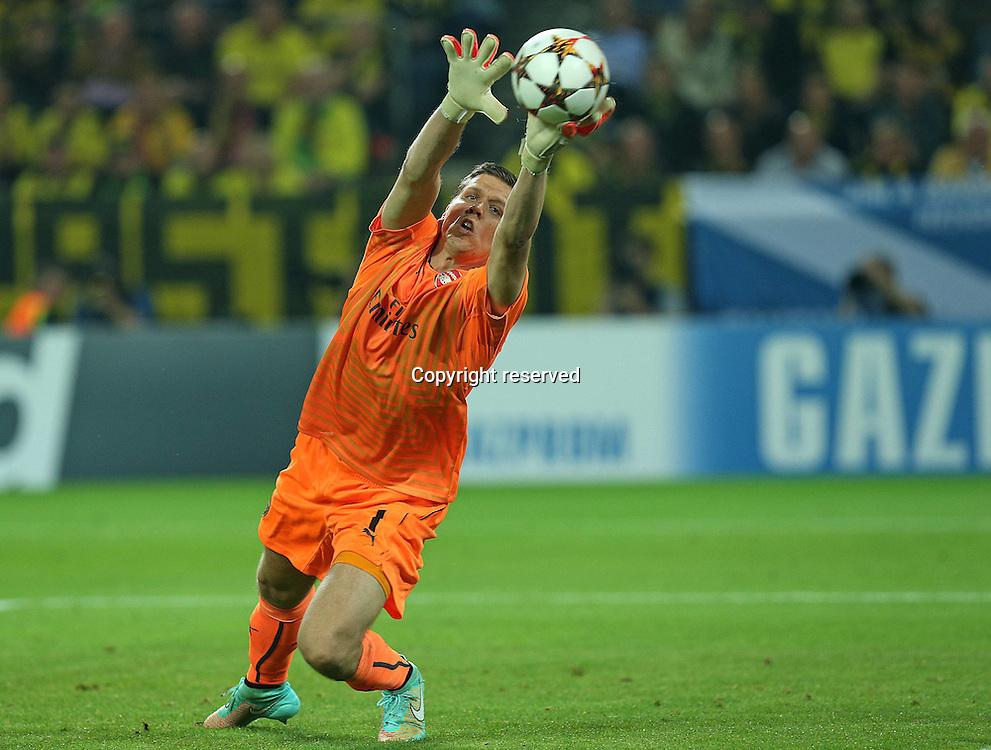 16.09.2014. Dortmund, Germany. Champions League group stages; Borussia Dortmund, versus Arsenal. Signal-Iduna-Park-Stadion Dortmund.  Wojciech Szczesny (FC Arsenal)