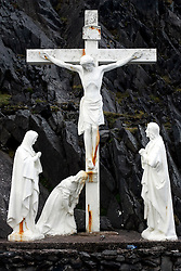 IRELAND KERRY DINGLE 3NOV05 - Rusty sculpture of crucified Jesus on the Dingle Peninsula near Slea Head, Irelands most westerly county...jre/Photo by Jiri Rezac..© Jiri Rezac 2005..Contact: +44 (0) 7050 110 417.Mobile: +44 (0) 7801 337 683.Office: +44 (0) 20 8968 9635..Email: jiri@jirirezac.com.Web: www.jirirezac.com..© All images Jiri Rezac 2005 - All rights reserved.
