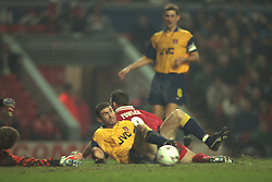 Liverpool, England - Wednesday, November 27th, 1996: Liverpool's Robbie Fowler and Arsenal's Martin Keown during the 4th Round of the League Cup at Anfield. (Pic by David Rawcliffe/Propaganda)