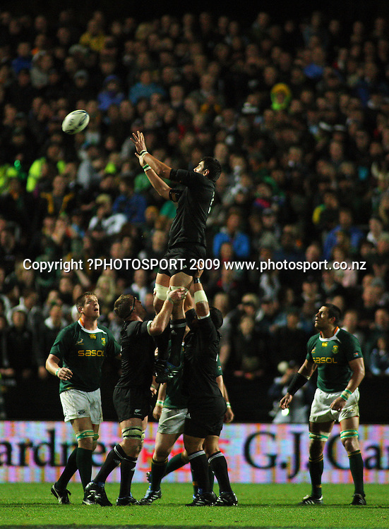 All Blacks lock Isaac Ross goes up unopposed for lineout ball.<br /> Investec Tri-Nations rugby match - All Blacks v Springboks at Waikato Stadium, Hamilton, New Zealand on Saturday 12 September 2009. Photo: Dave Lintott/PHOTOSPORT