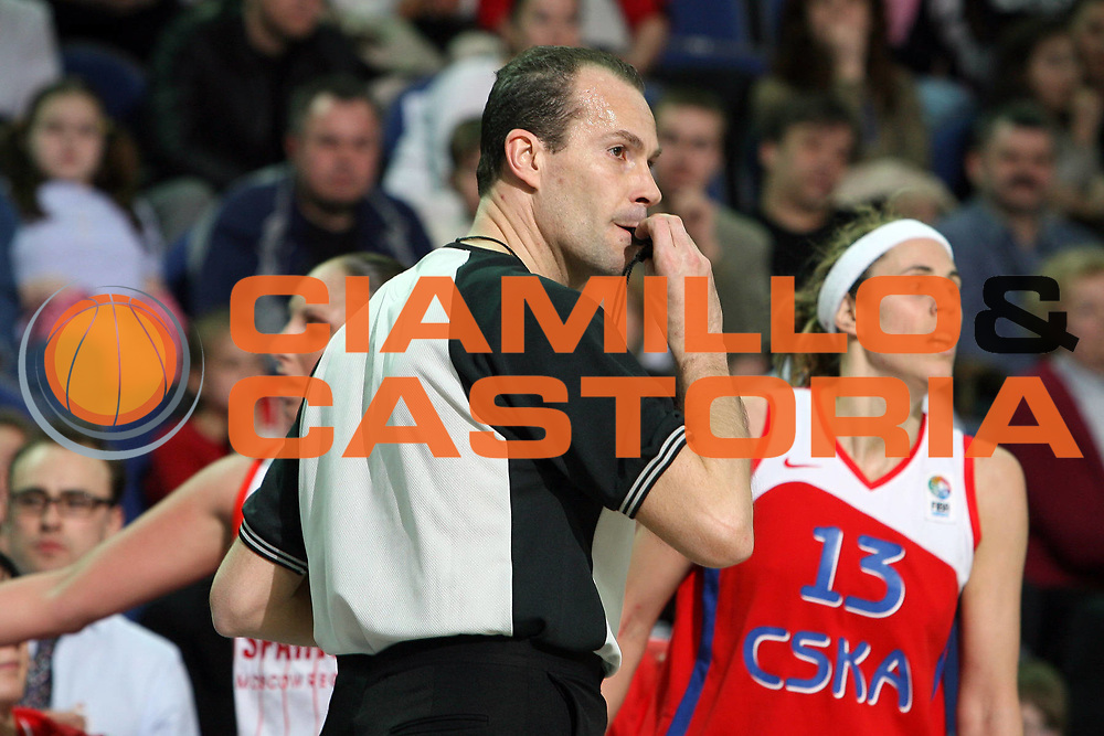 DESCRIZIONE : Mosca Moscow Region Eurolega Donne Euroleague Women Final Four 2007 Semifinal Spartak Moscow Region-CSKA Samara<br /> GIOCATORE : Cerebuch<br /> SQUADRA : Arbitro<br /> EVENTO : Mosca Moscow Region Eurolega Donne Euroleague Women Final Four 2007<br /> GARA : Spartak Moscow Region CSKA Samara<br /> DATA : 30/03/2007 <br /> CATEGORIA :<br /> SPORT : Pallacanestro <br /> AUTORE : Agenzia Ciamillo-Castoria/E.Castoria<br /> Galleria : Euroleague Women Final Four 2007<br /> Fotonotizia : Mosca Moscow Region Eurolega Donne Euroleague Women Final Four 2007 Semifinal Spartak Moscow Region-CSKA Samara<br /> Predefinita :