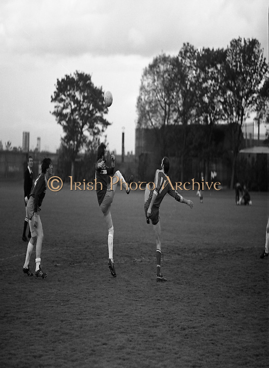 Division 1A Playoff At Iveagh Grounds..St James Gate vs Park Villa..1986..28.05.1986..05.28.1986..28th May 1986...Pictured is the some of the action as St James Gate FC took on Parkvilla FC for the title in the Division 1A playoff.