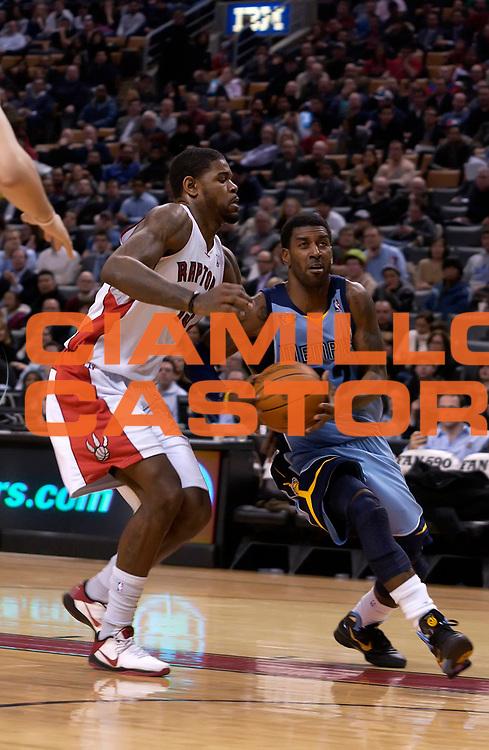 DESCRIZIONE : Toronto NBA 2010-2011 Toronto Raptors Memphis Grizzlies<br /> GIOCATORE : O.J. Maio<br /> SQUADRA : Toronto Raptors Memphis Grizzlies<br /> EVENTO : Campionato NBA 2010-2011<br /> GARA : Toronto Raptors Memphis Grizzlies<br /> DATA : 24/01/2011<br /> CATEGORIA :<br /> SPORT : Pallacanestro <br /> AUTORE : Agenzia Ciamillo-Castoria/V.Keslassy<br /> Galleria : NBA 2010-2011<br /> Fotonotizia : Toronto NBA 2010-2011 Toronto Raptors Memphis Grizzlies<br /> Predefinita :