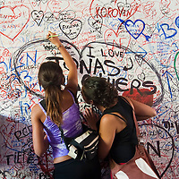 The wall of Love in Verona at Juliet's house.Verona is a city in Veneton, Northern Italy home to approx. 265,000 inhabitants and one of the seven provincial capitals of the region. Verona has Roman origins and  derived importance from being at the intersection of many roads. It is world famous for the Arena and its Opera....***Agreed Fee's Apply To All Image Use***.Marco Secchi /Xianpix. tel +44 (0) 207 1939846. e-mail ms@msecchi.com .www.marcosecchi.com